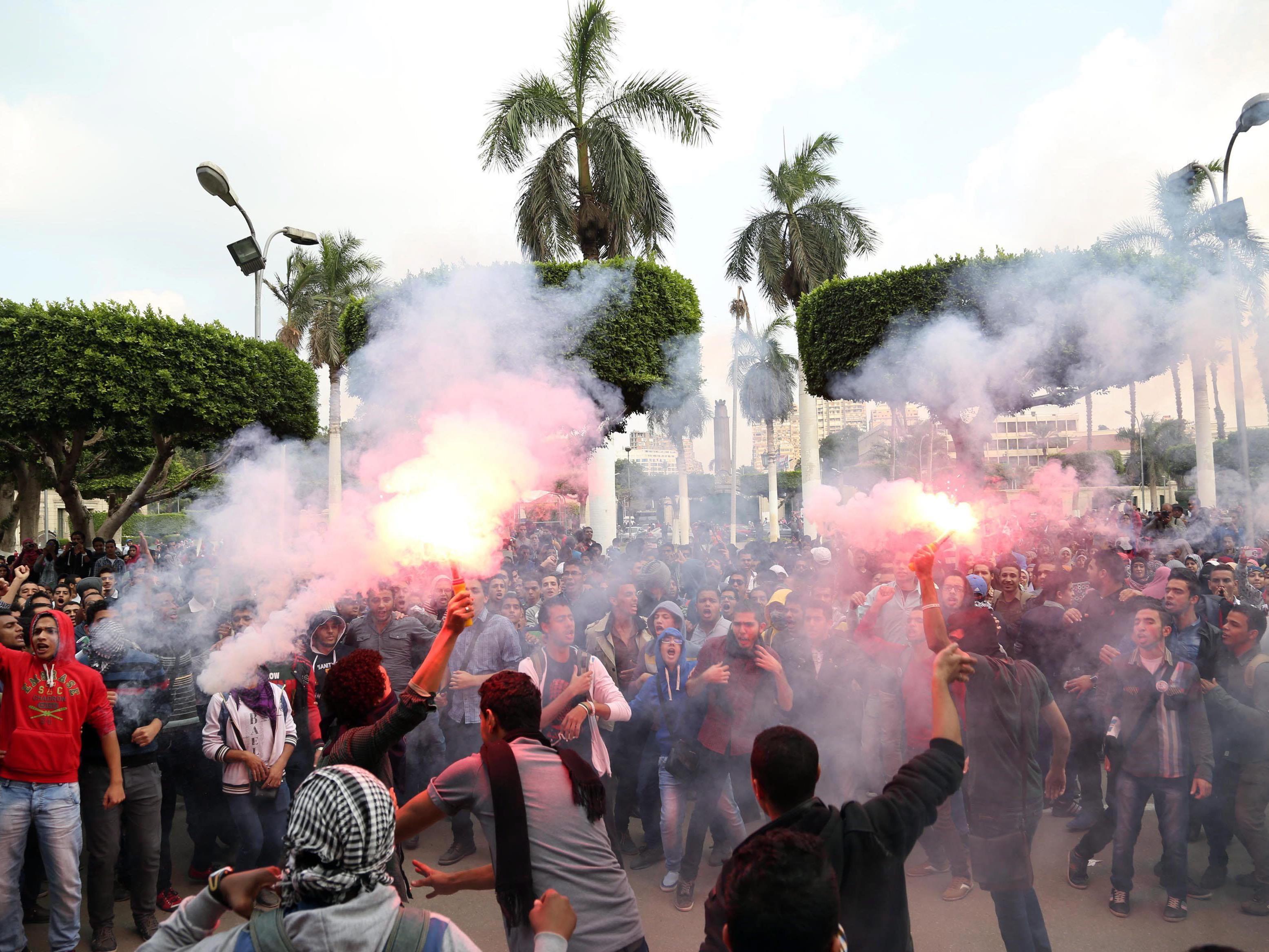 Sicherheitskräfte gingen im August 2013 mit großer Härte gegen Mursi-Anhänger vor.