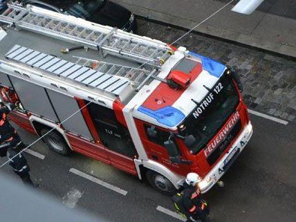 In der Stöbergasse beobachtete unser Leserreporter einen Feuerwehreinsatz.