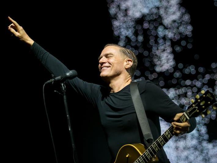 Wiedersehen macht Freude: Bryan Adams spielt wieder live in Österreich.
