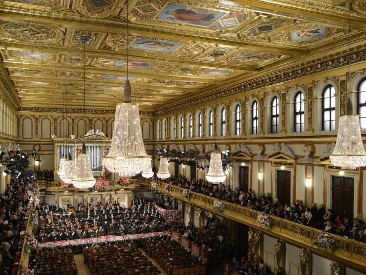 Das Neujahrskonzert begleitet musikalisch in den Jahreswechsel.