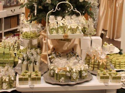 Im weihnachtlichen Pop-Up-Store gibt es viele Geschenkideen.