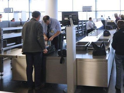 Bei Kontrollen am Flughafen wurden die Kath-Pflanzen sichergestellt