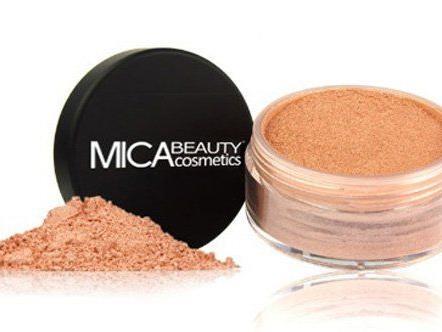 Wir verlosen 3 Make-Ups von MICA Beauty.
