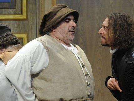das Shakespeare-Stück mit Michael Niavarani kommt gut an.