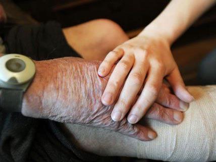 Eine Heimpflegerin hatte eine 88-jährige Wienerin misshandelt.