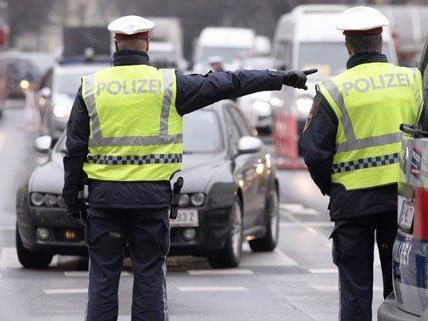 Am Wiener Ring kam es zu einer Blockade und einem Polizeieinsatz