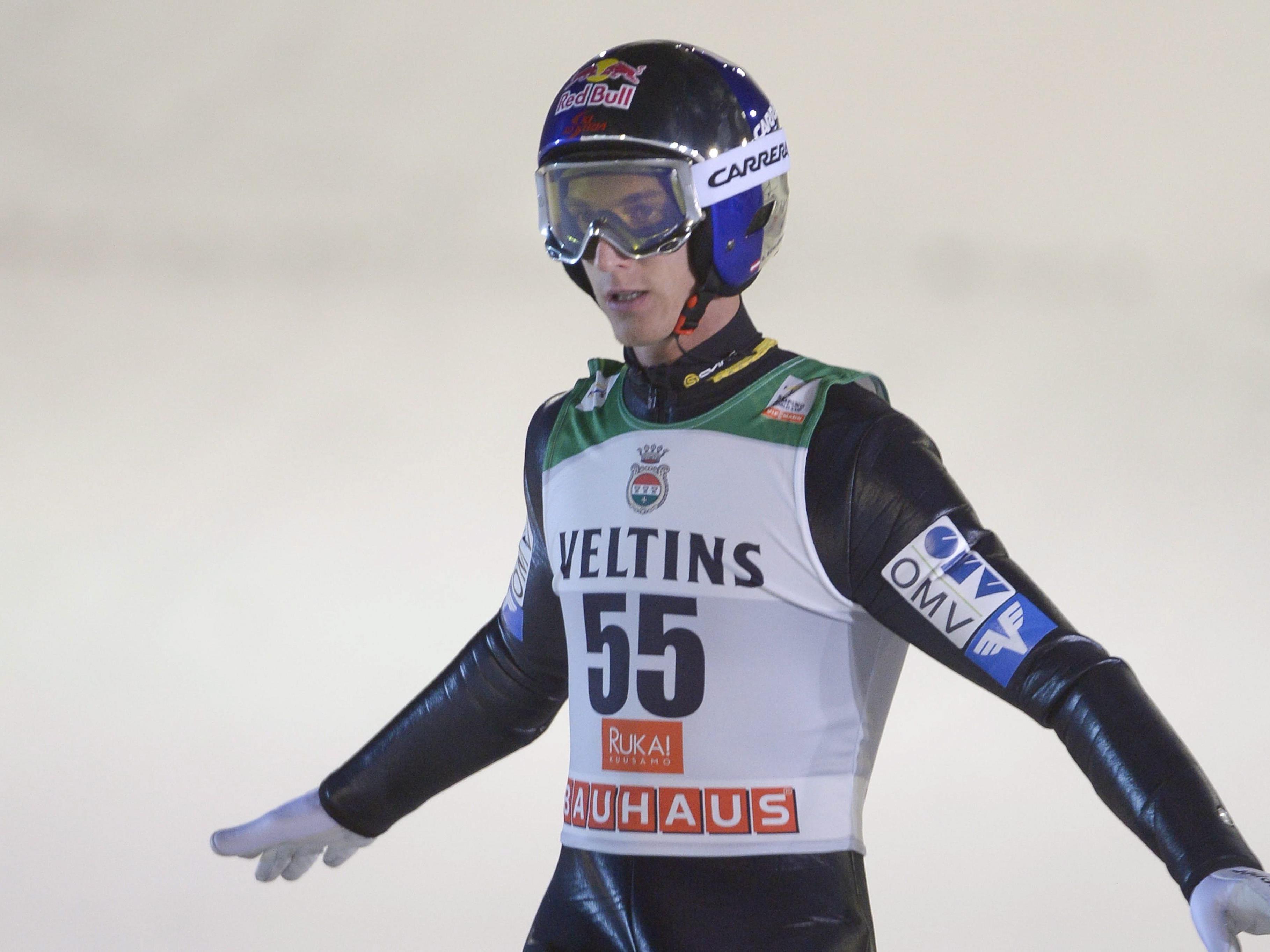 Schlierenzauer (128,0 m) als Fünfter und Andreas Kofler (124,5) als Zwölfter schafften es souverän.