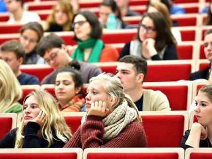 Studenten aus Deutschland kommen gerne nach Österreich.