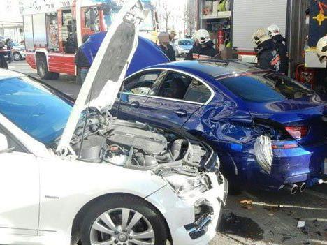 Schwerer Unfall beim Karlsplatz am Freitag.