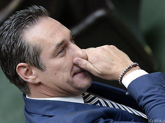 "Strache will Ausweitung des ""Söldnerparagrafs"""