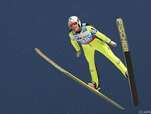 Daniela Iraschko-Stolz springt zum Sieg