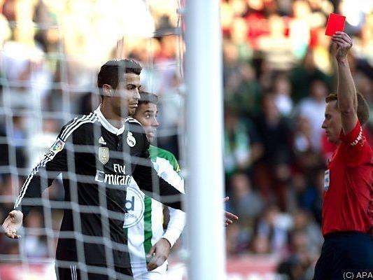 Rote Karte für Ronaldo