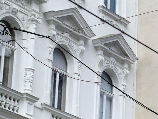 Wien-Währing: Mann nach Handy und Geldbörsenraub in Wohnung festgenommen
