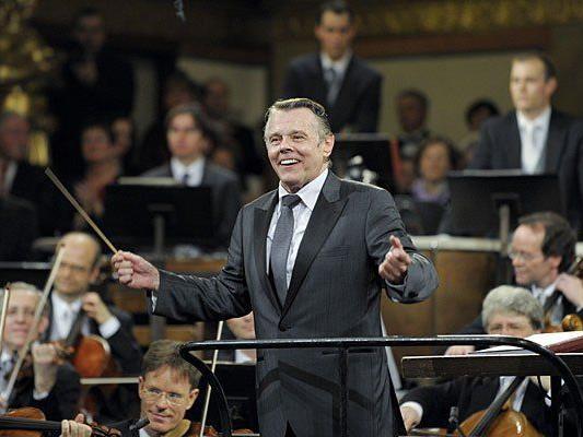 Dirigent Mariss Jansons und die Wiener Philharmoniker anl. des Neujahrskonzertes 2012