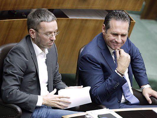 Herbert Kickl (L) und FPÖ-Obmann Heinz-Christian Strache äußerten sich über Terrorismus