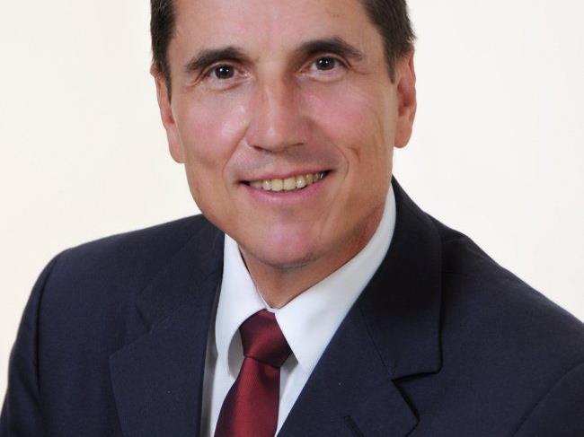 Dr. Reinhard Bösch