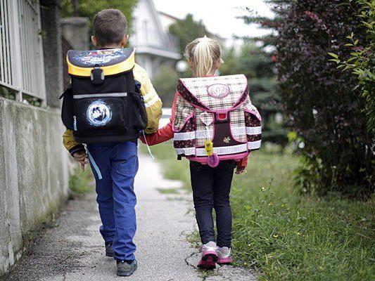 Eltern sollten ihren Kindern erklären, was zu tun ist, wenn Fremde sie ansprechen