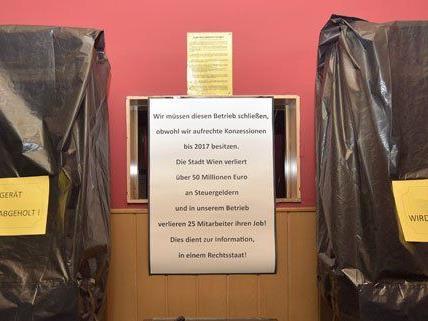 Seit dem 1. Jänner 2015 sind sogenannte einarmige Banditen in Wien verboten.