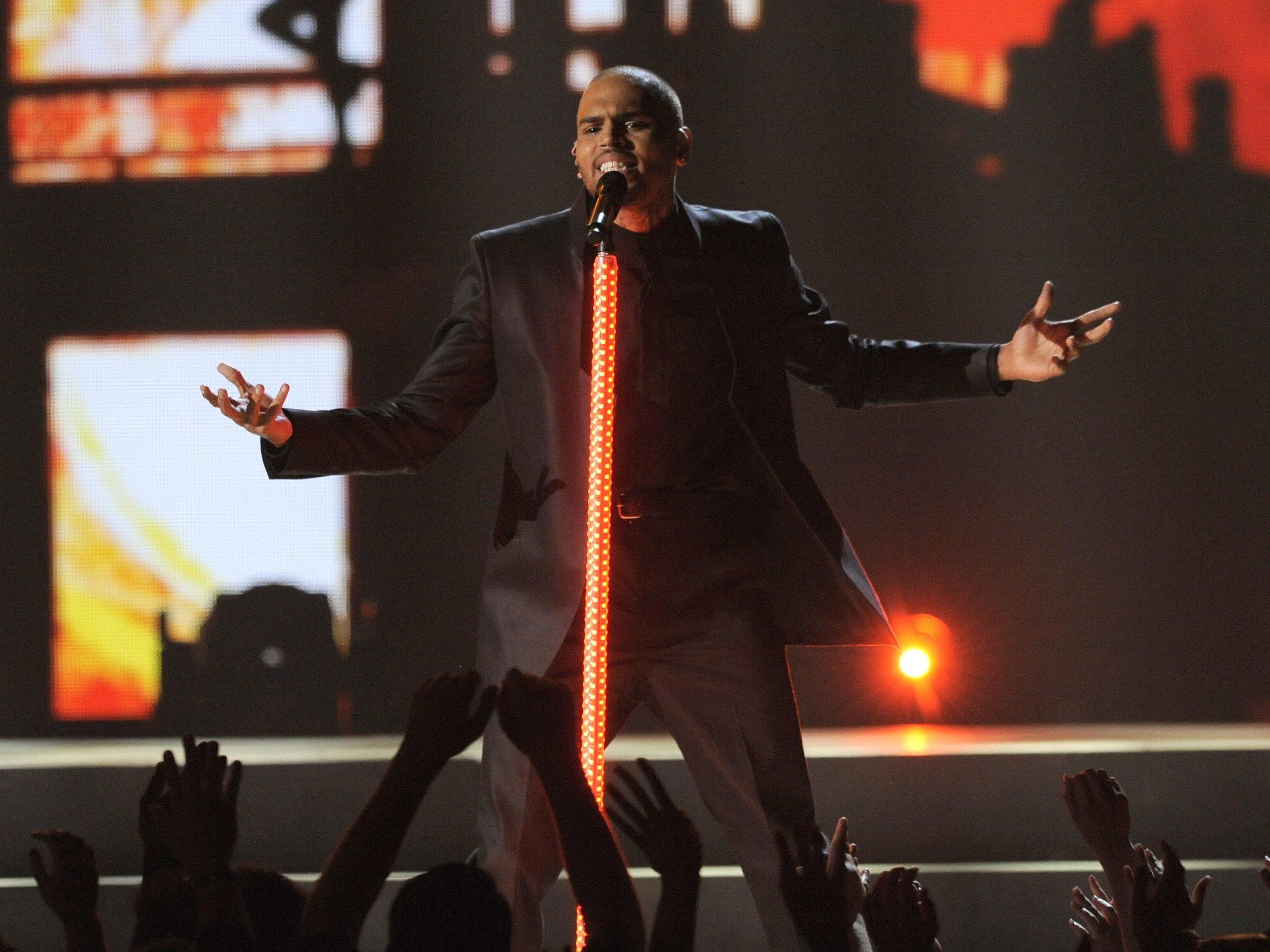 Bei einem Komzert von Chris Brown fielen Schüsse.