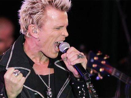 Billy Idol gibt im Sommer ein Konzert in Wien.