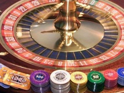 Das Automatenverbot treibt die Spieler ins Casino.