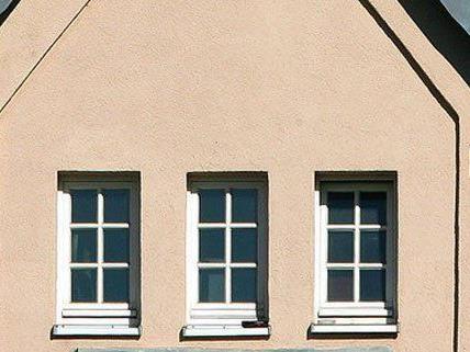 Betrunkener Wiener wollte seine Frau aus dem Fenster stoßen