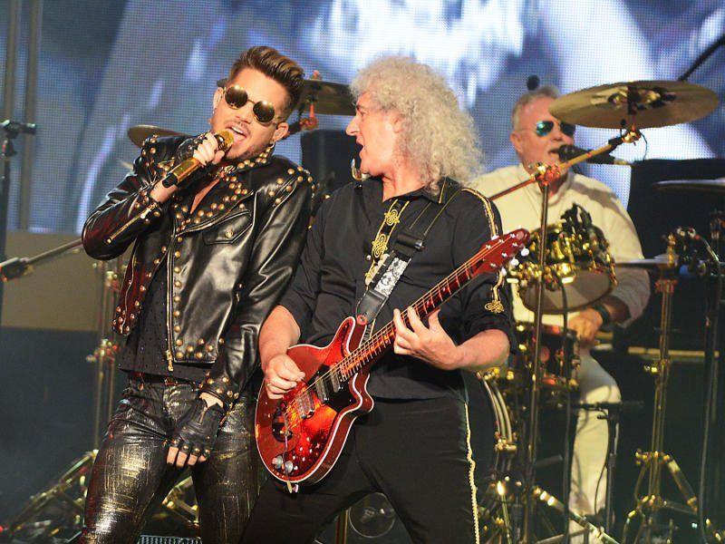 Adam Lambert (links) rockte bereits gemeinsam mit Brian May von Queen die Bühnen.