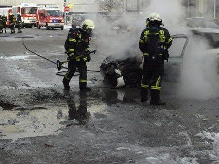 Der Pkw-Brand in Niederösterreich konnte rasch gelöscht werden.