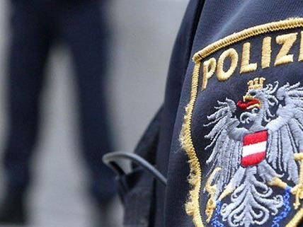 Die Auseinandersetzung zwischen den Polizisten und dem Mann endete wüst.