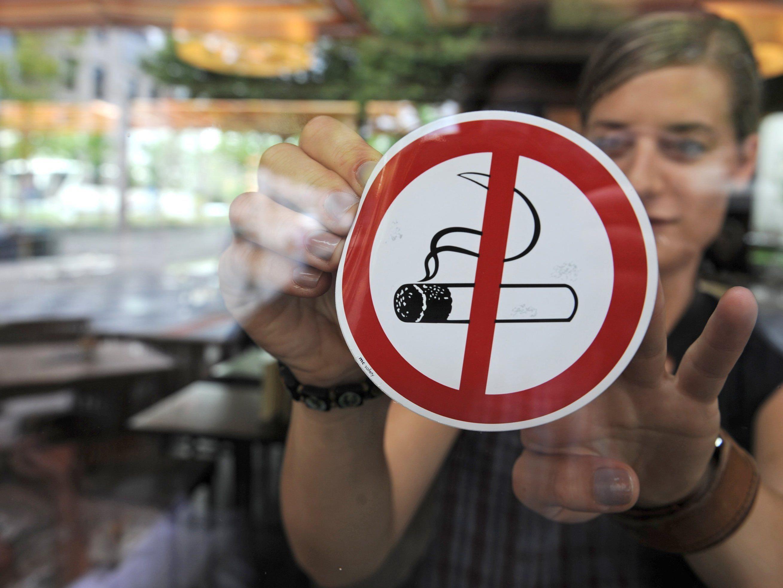 Tod von Kurt Kuch - Mitterlehner für rauchfreie Lokale
