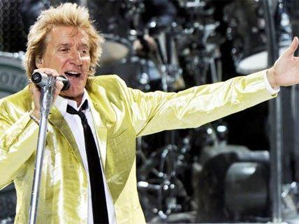 And the Party goes on: Happy Birthday, Rod Stewart!