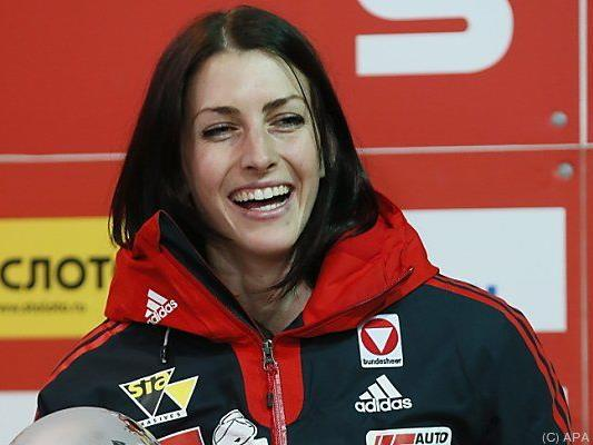 Strahlende Weltcupgesamtsiegerin Janine Flock