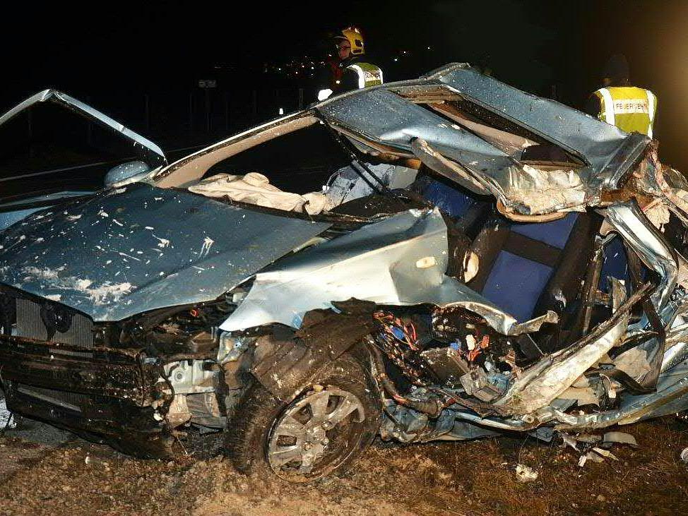 Ein Wiener starb beim Autounfall auf der A2 am Freitagmorgen.
