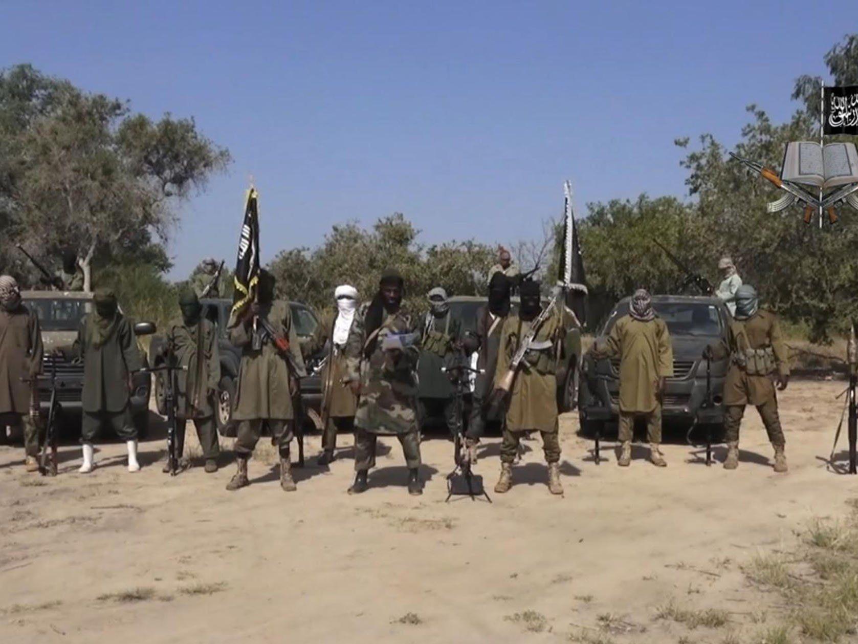 Boko Haram greift die Städte Diffa und Bosso im Niger an.