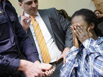 Er habe die Frauen nicht getäuscht, sagte der Angeklagte vor Gericht.