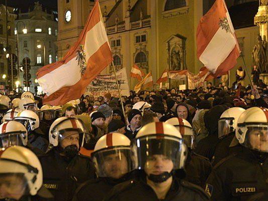Bei der Pegida-Demonstation in Wien