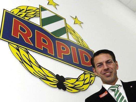 Der Geschäftsführer des SK Rapid Wien, Christoph Peschek, beim Interview