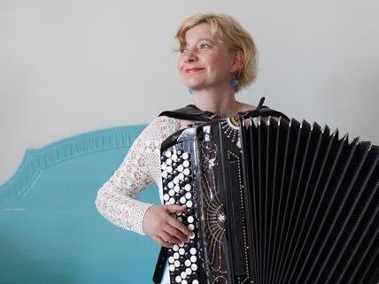 Maria Kalaniemi tritt beim Akkordeon Festival in Wien auf.