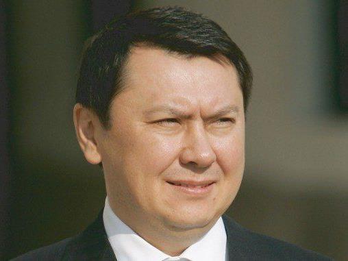 Ex-Botschafter Rakath Aliyev tot in Zelle gefunden - Anwalt zweifelt an Suizid.