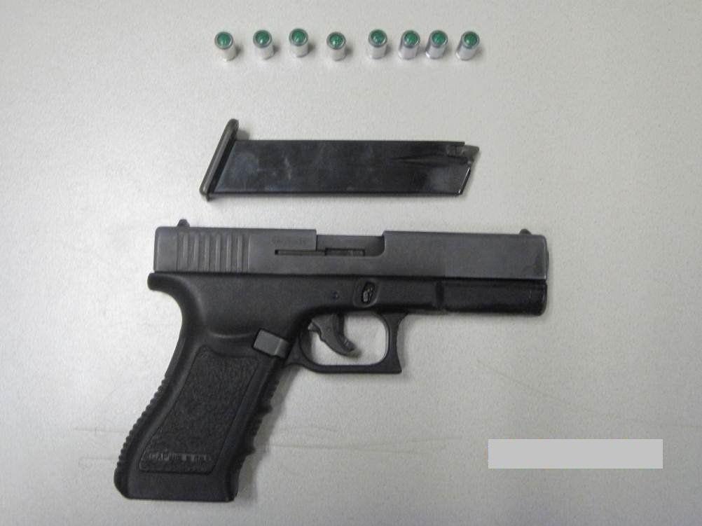 Mit dieser Pistole bedrohte ein 21-Jähriger einen Autofahrer in Wien-Favoriten.