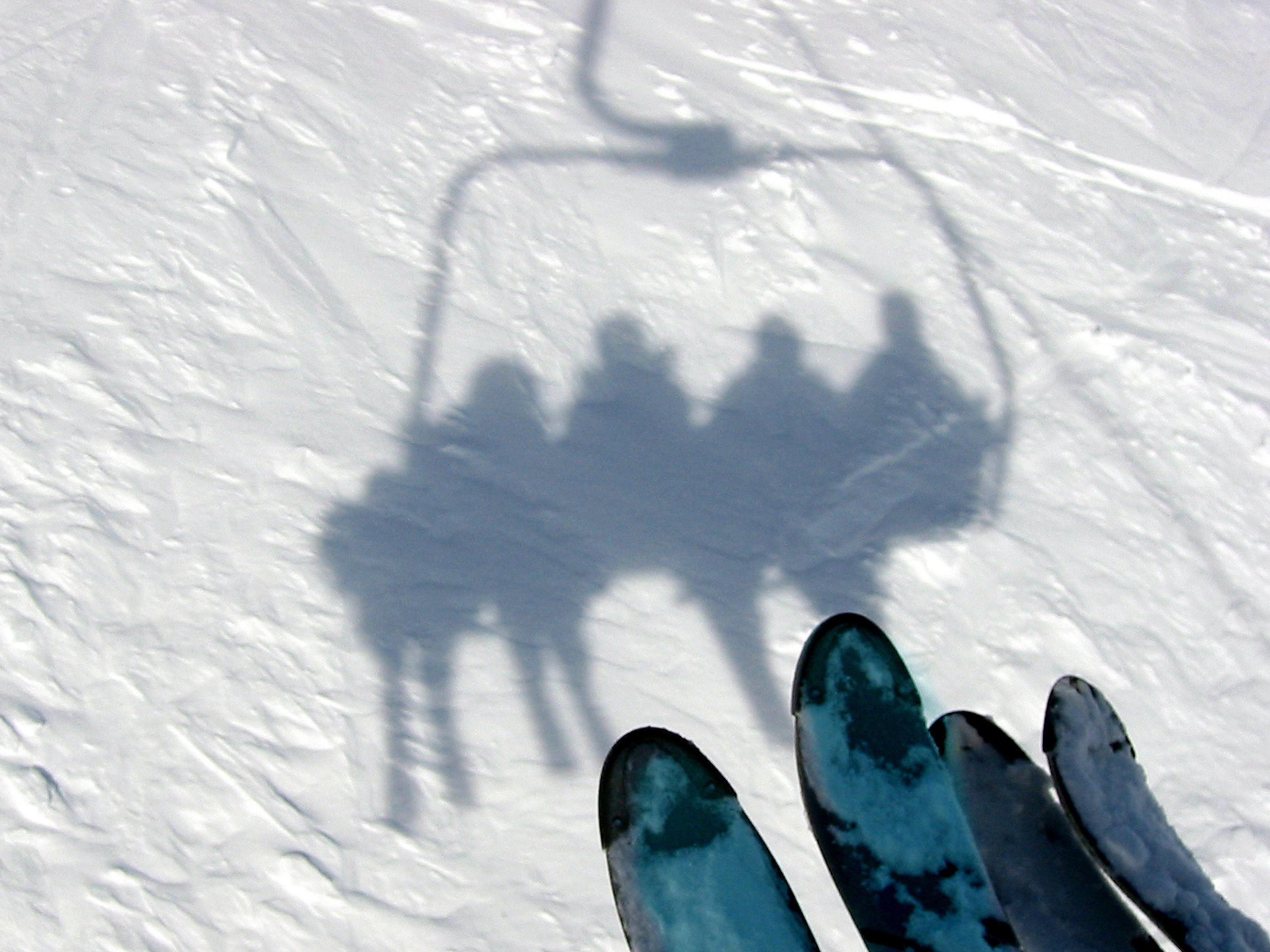 Im Skilager beim Sex mit Schüler erwischt.