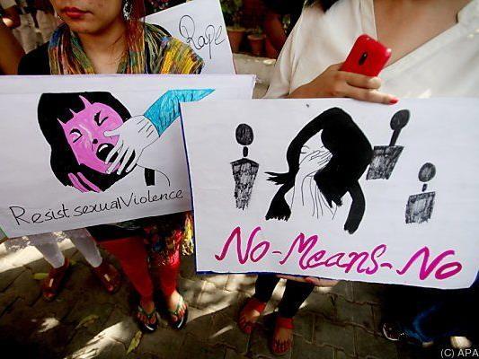 Protest in Indien gegen Gewalt gegen Frauen