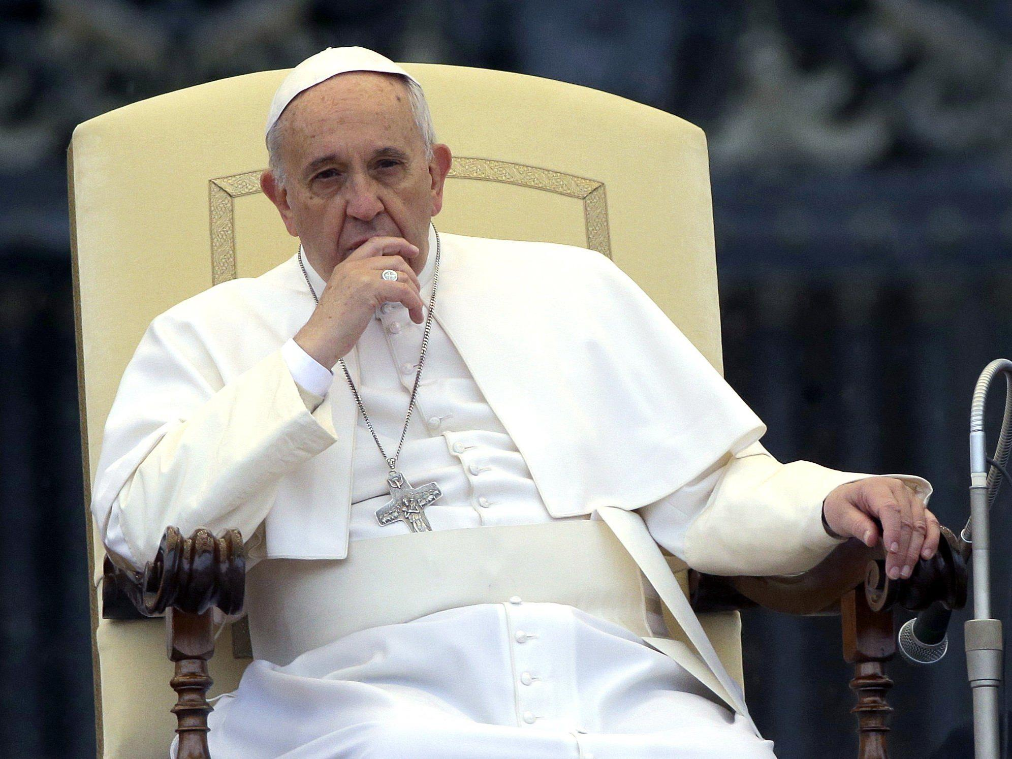 Papst Franziskus empfing Obdachlose im Vatikan.