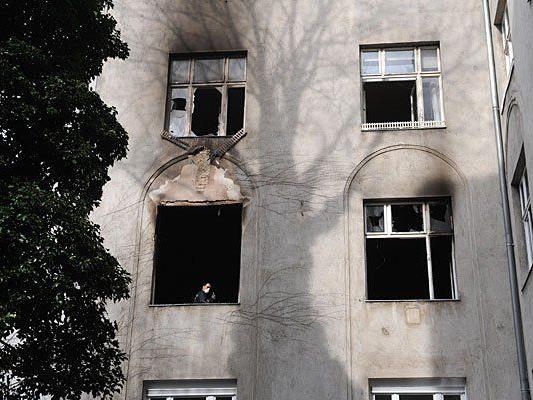 Das betroffene Haus nach dem Brand