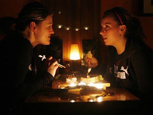 WEltweit gehen bei der Earth Hour die Leichter aus - etwa hier in Ontario, Kanada