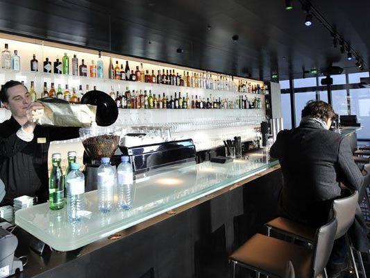 Vor allem bei Wienern ist die Bar des Hotels sehr beliebt.