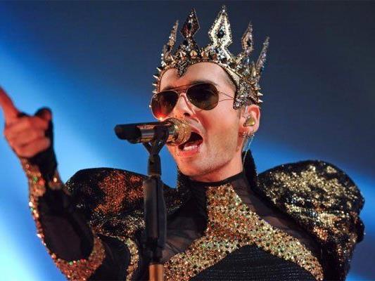Tokio Hotel sind zurück - und ja, auch etwas abgehoben.