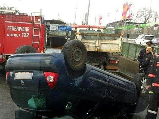 Die 14-Jährige wurde bei dem Unfall verletzt.