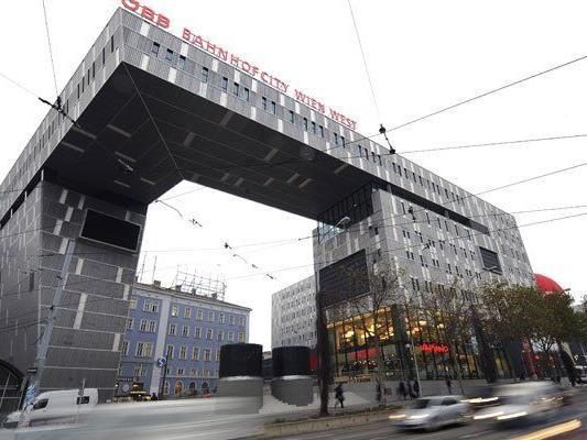 Zwei Personen wurden am Westbahnhof in Wien festgenommen.