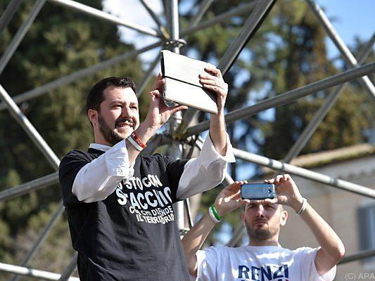 Lega Nord-Chef Salvini würde Roma-Siedlungen abreißen lassen